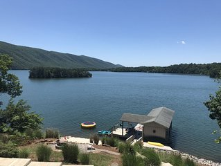 Waterfront Home w/Gorgeous Mountain Views!  Sleeps 13! Perfect for families!