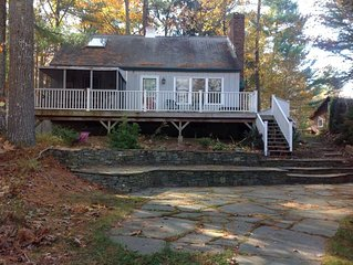 Little Sebago Lake, Year round,charming, all amenities includes canoe and kayak