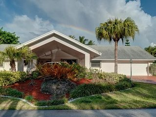 Family Friendly! Subtropical Retreat In The Heart Of Upscale Kendall, Huge Yard!