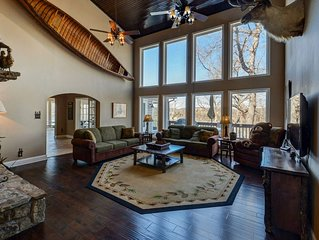 This Lodge is a One of a Kind Masterpiece with Pool Table !Near Legends of Golf
