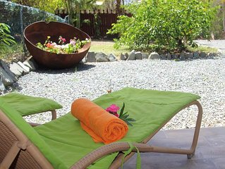 Modern and fully equipped cottage.  Ten minutes from golf course and beaches.