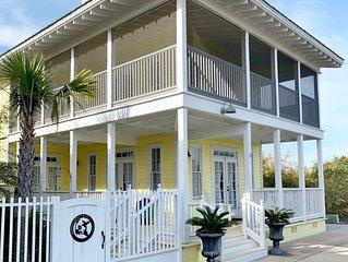 Enjoy Gulf views & PRIVATE BEACH ACCESS: Hummingbird House & Cottage