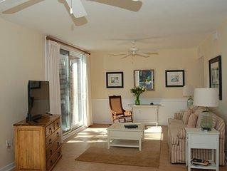 Oceanfront Premier Villa, 2BD/2BA master suites, Pool access + Resort Privileges