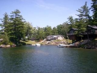 ' The Cindy' Thousand Island Cottage, alquiler de vacaciones en Brockville
