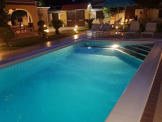 Villa SOLEIL SPA - PISCINA PRIVATA, JACUZZI E SAUNA FINLANDESE -