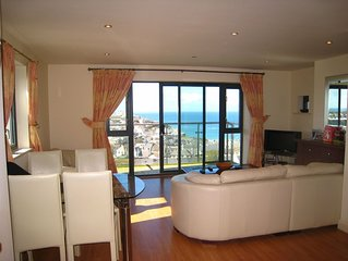 2 Bedroom Apartment With Stunning Panoramic Sea Views And Indoor Pool .