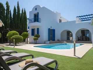 Magnificent Contemporary 3 Bed Villa