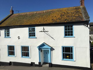 Unique 17th Century Coaching Inn in the heart of Lyme Regis