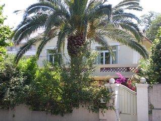 Maison avec jardin, terrasse, à proximité des plages du Mourillon