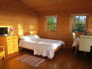 Pine Lodge With Spectacular Sea Views And Sunsets The Perfect Romantic Get-Away