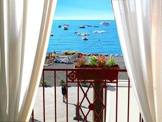 Villa Costanzo beach front 10 yards Free WI FI