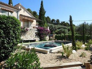 maison individuelle label 4* avec superbe piscine privative à 15 mns de la mer