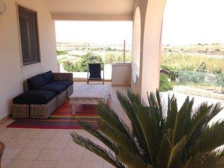 Villa a 70 m.dalla spiaggia, con giardino, animali domestici benvenuti!