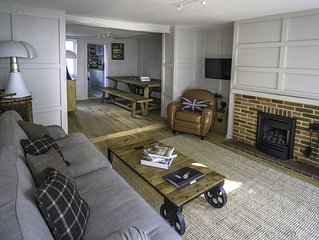 Where the heart of Lymington beats / the perfect New Forest base. Sleeps 10.