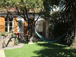 Charming house - cosy garden - beach 200 m - unique house amazing location