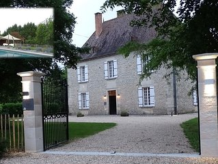 A Charming, Spacious Country-house near Aubeterre-sur-dronne on the Charente/Dor