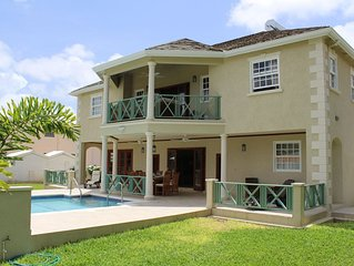 4 Bed Colonial Style Villa in private setting, short walk to beach