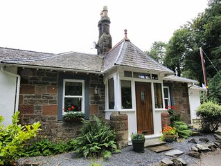 Cosy traditional cottage in beautiful rural south west Scotland. Dogs welcome!