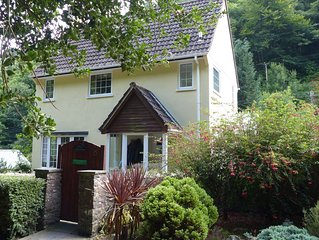 Tanglewood: idyllic two-bedroom cottage in Exmoor National Park