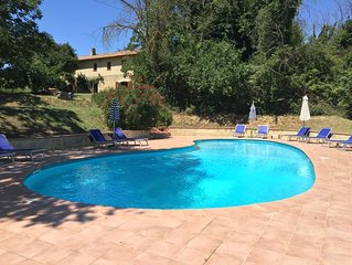 Spacious Country House With Large Pool In Idyllic Umbrian countryside