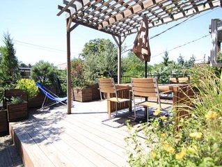 Montreal: Chez Patrac ! Appartement avec terrasse ensoleillée, métro Beaubien