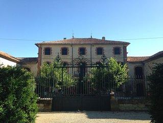 Maison - vaucluse - provence - château avec parc boisé