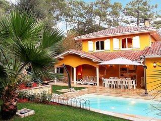 'La Dolce Villa' proche océan et forêt pour 9 personnes
