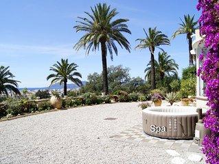 Appartement-Villa de charme, Vue mer à 180°, calme, terrasse sublime, jardin