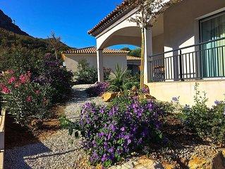 Superbe villa 6 à 8 couchages joliment décorée