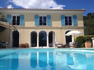 Belle Villa avec piscine et vue mer à Villefranche sur mer