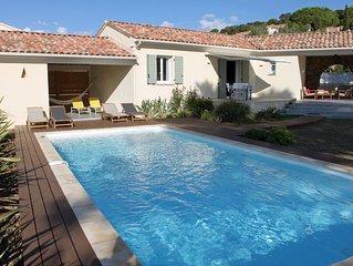 Appartement indépendant tout confort dans villa bord de mer avec piscine