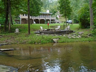 Private Cabin on fast flowing creek (Resort amenities)(Tipi by the creek)