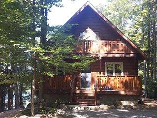 Charming Log Cabin Cottage Lakefront Retreat