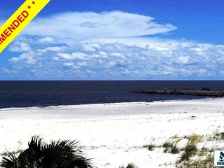 Direct Beach Front Awesome Views Centrally Located