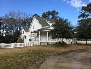 Collinswood Cottage on Roanoke Island