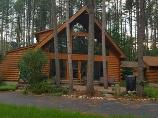 Gorgeous Log Cabin on Hudson River **Only 15 minutes to Lake George!**
