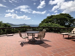 Shell House - Pool & Breathtaking Views from every room of hilltop estate!