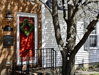 Luxurious 2BR /2Bath Rental in Downtown Bardstown, the heart of Bourbon Country
