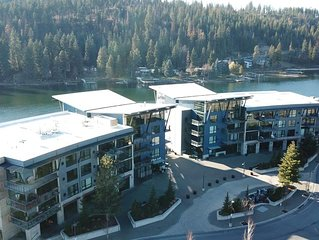 Luxury Coeur D' Alene Condo, steps from the Spokane River and Centennial Trail.