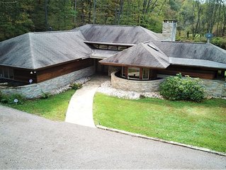 Luxuriant Frank Lloyd Wright Inspired Accommodations--The Dream House