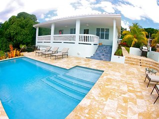 R Villa At Steps Beach with POOL and BOCCE Court
