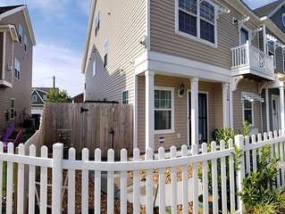 Beach Home - 5 Minutes /2 Blocks Walk To Virginia Beach Oceanfront & Boardwalks.