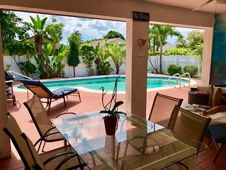 Perfect Location: Find Your Bliss In 3 Br/2 Ba Pool Home Vanderbilt Beach