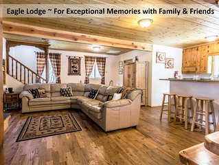 3.5 Story Eagle Lodge- Great for group, Kids loft playroom & Second Floor Deck
