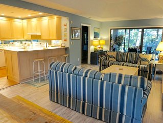 3 Bedroom /3 Bathroom Sparrow Pond Cottage, Close to beach and Community Pool