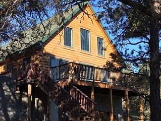 Lovely Log Cabin - Grand Canyon  December Flash Sale- stay 2 nights 3rd is free