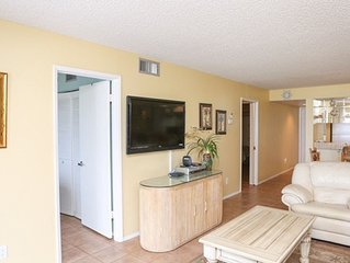 Beachfront Paradise S. Hutchinson Island Pets Welcome for FREE! Golf available.