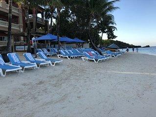 Infinity Bay Resort-West Bay  1st Floor - Free Daily Breakfast Buffet-Paradise!