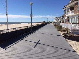 Comfy & Cozy - 3BR  House -  1 Block to the Boardwalk