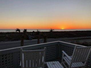 Panoramic Ocean Views & Incredible Sunsets! -- 3 BR / 3 BA -- Oceanfront Villa